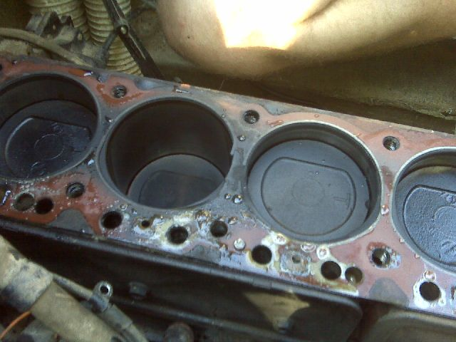 Mercruiser 165 Straight 6 Head Gasket Page 1 Iboats