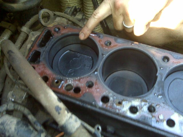 Img on Nissan Straight 6 Cylinder Engines